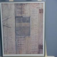 Deurtje met venster (onbewoonbaar verklaarde woning)